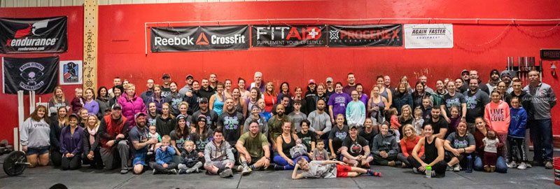 Participants in the 2018 Crossfit for a Cure fundraiser for Alzheimer's organized by Tracie Kurczy-Lussier and Brian Lussier.